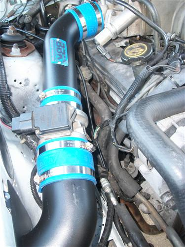 Mustang BBK V8 Blackout Fenderwell Cold Air Intake Kit (89-93)