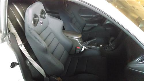 Mustang Corbeau TRS Seat Pair Black Cloth