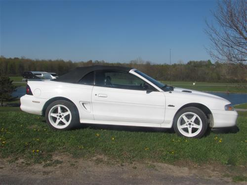 Customer Image - Mustang Black Convertible Top Kit with Defrost (94-95)