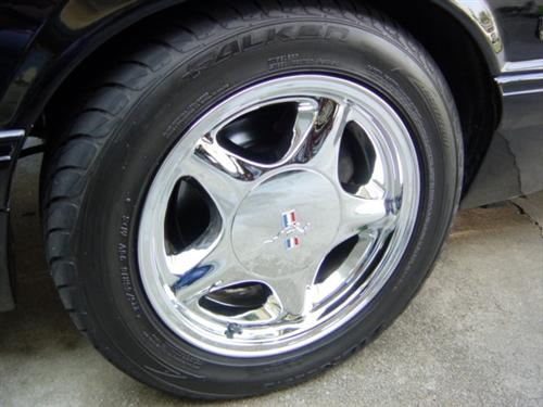 Customer Image - Mustang 16X7 Chrome Pony Wheel w/ Ford Licensed Center Cap (79-93)