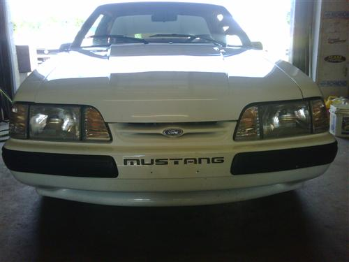 Mustang Deluxe Headlight Kit with Amber Sidemarkers (87-93)