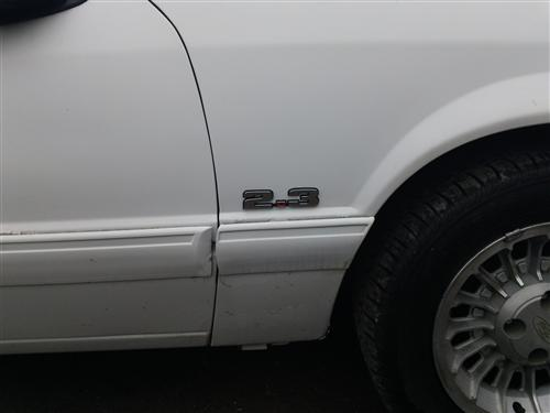 Mustang  2.3L Fender Emblem Chrome (79-93)