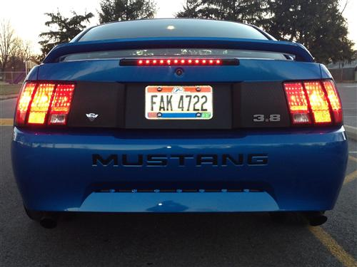 Mustang 3.8L Fender Emblem Chrome  (94-04)