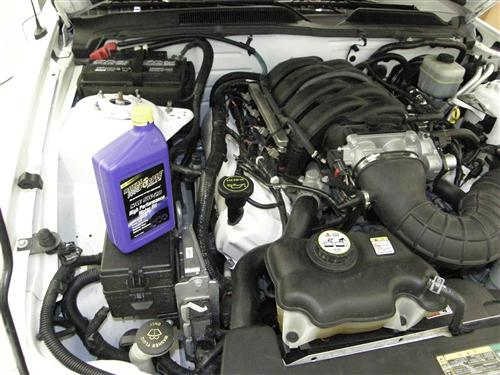 Mustang Oil Change Kit (01-10) 4.0 4,6 5.4 6.8