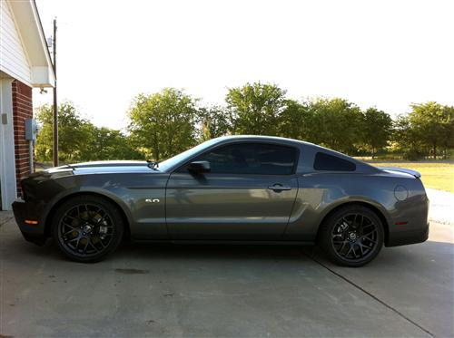 Mustang RTR  Wheel & Nitto Tire Kit 19X9.5 Dark Charcoal (05-14)