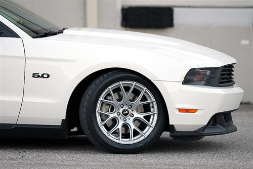 Mustang SVE Drift Wheel & Nitto Tire Kit 18x9 Silver (94-04)