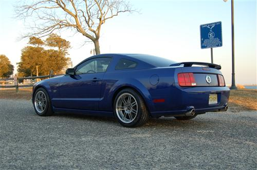 Mustang SVE Anniversary Wheel & Nitto Tire Kit - 18X9/10 Anthracite (05-14)