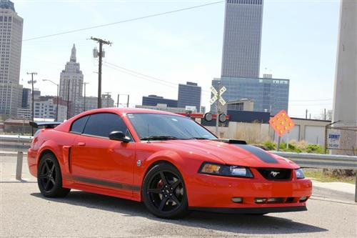 Mustang Saleen Wheel & Nitto Tire Kit - 18x9 Black (94-04)